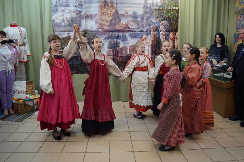 Выставка «Живые традиции ремесел»